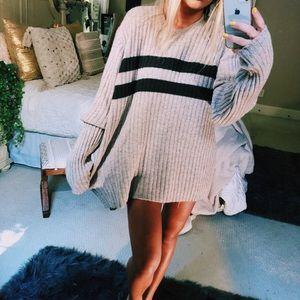 Sweaters - mocha ribbed boyfriend knit